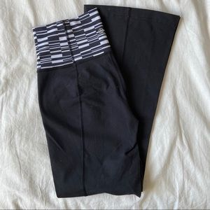 LULULEMON Groove Pant III Ying Yang Stripe -6REG